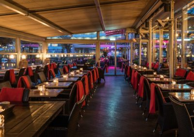 Overdekt terras van Restaurant-Bar-Terras Villa Lago in Leidschendam