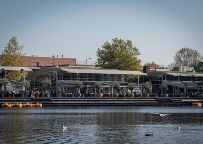Terras van Restaurant-Bar-Terras Villa Lago in Leidschendam